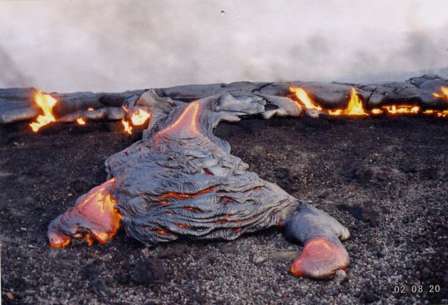Lava-flow-hawaii