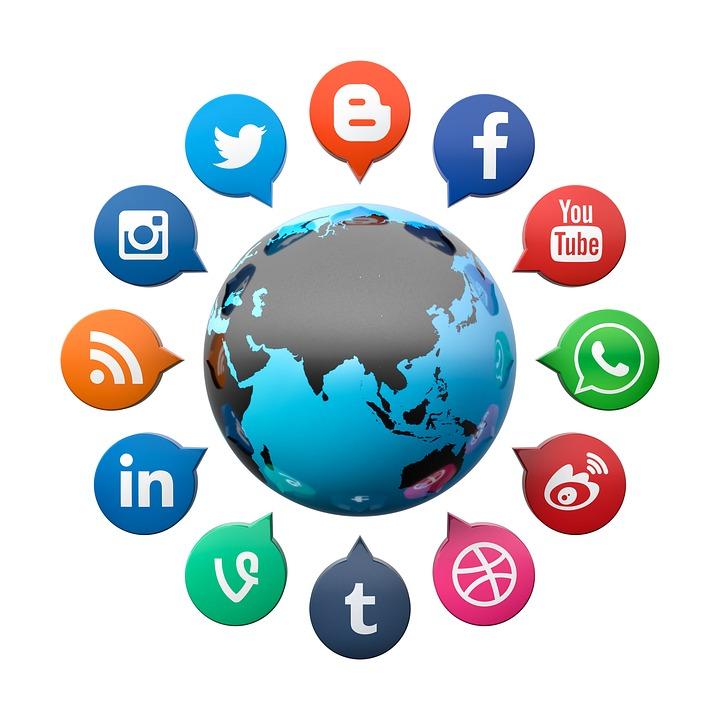 social-media-2636256_960_720