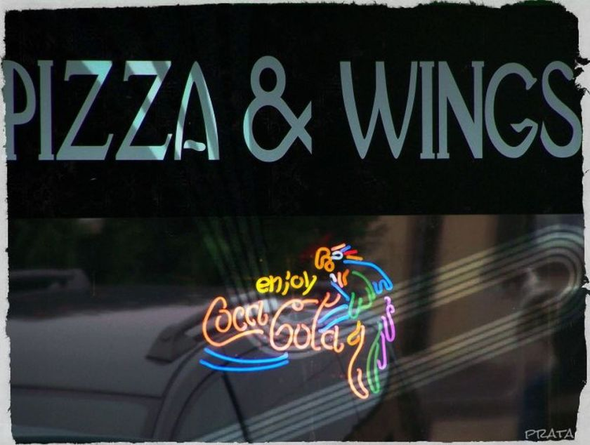 pizza & wings2 pixlr