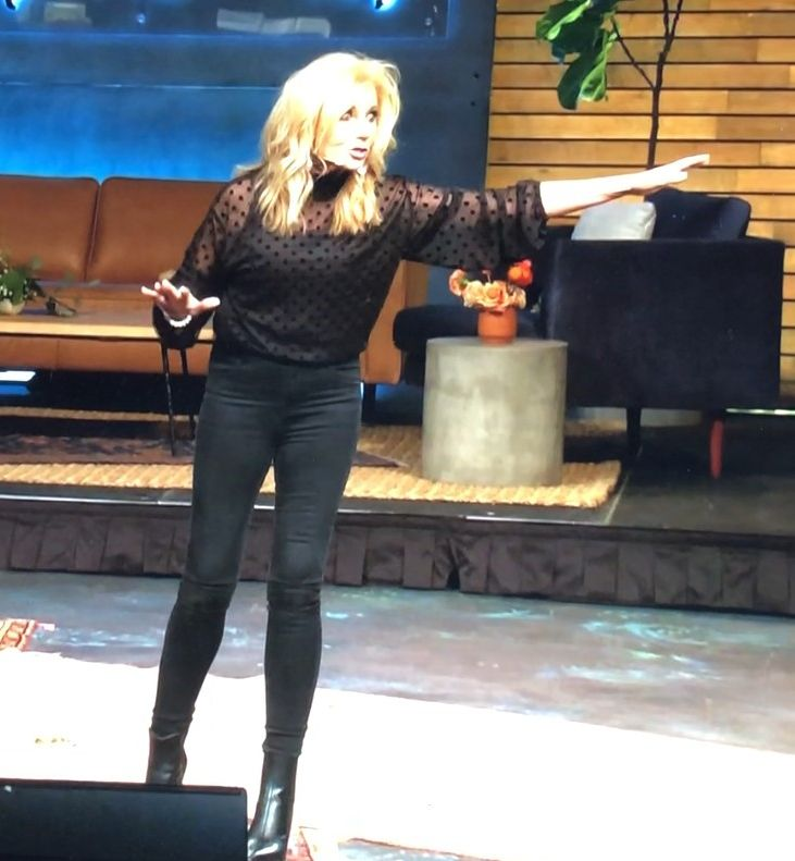 beth moore's outfit at IF 2020 2